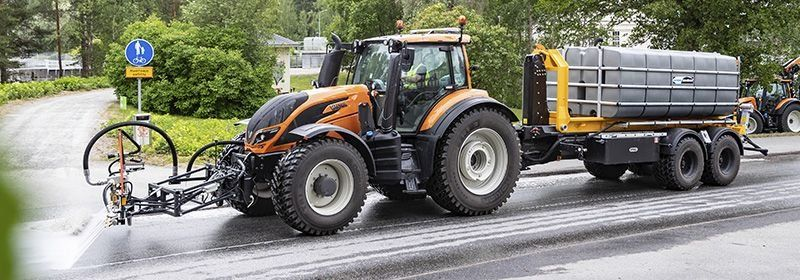 street-washer-for-tractor.jpg